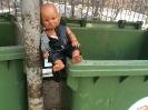 Кукла не хочет в мусор